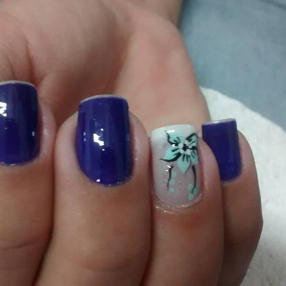flor azul, azul escuro, filha única, dia-a-dia unhas  manicure e pedicure depilador(a)