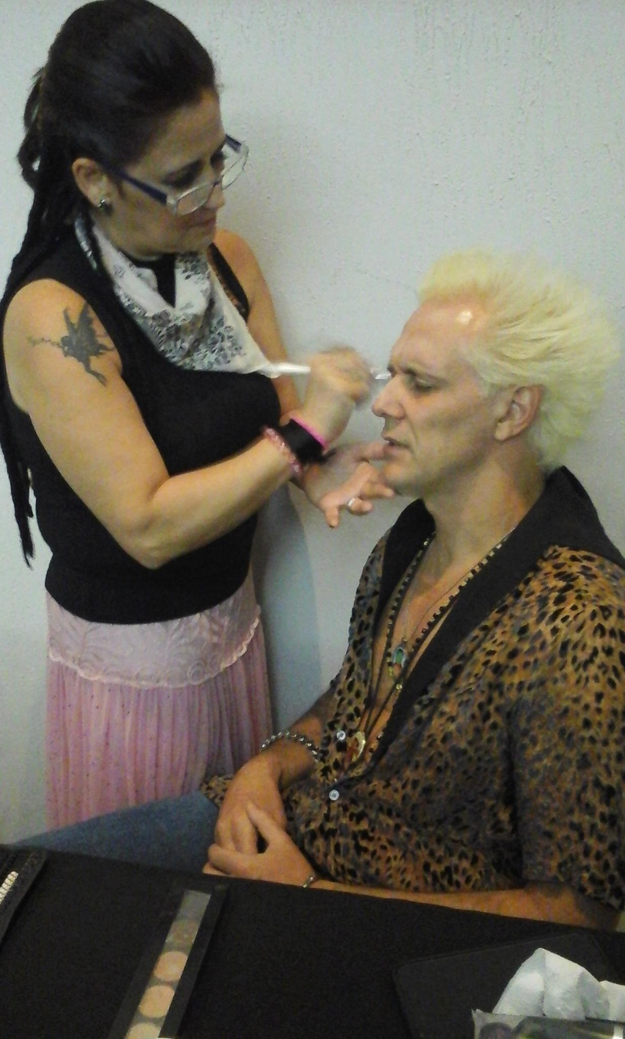 job  job de gravação abertura realit com Papito in love  MTV e SUPLA mais 30 noivas  maquiador(a) auxiliar cabeleireiro(a) depilador(a)
