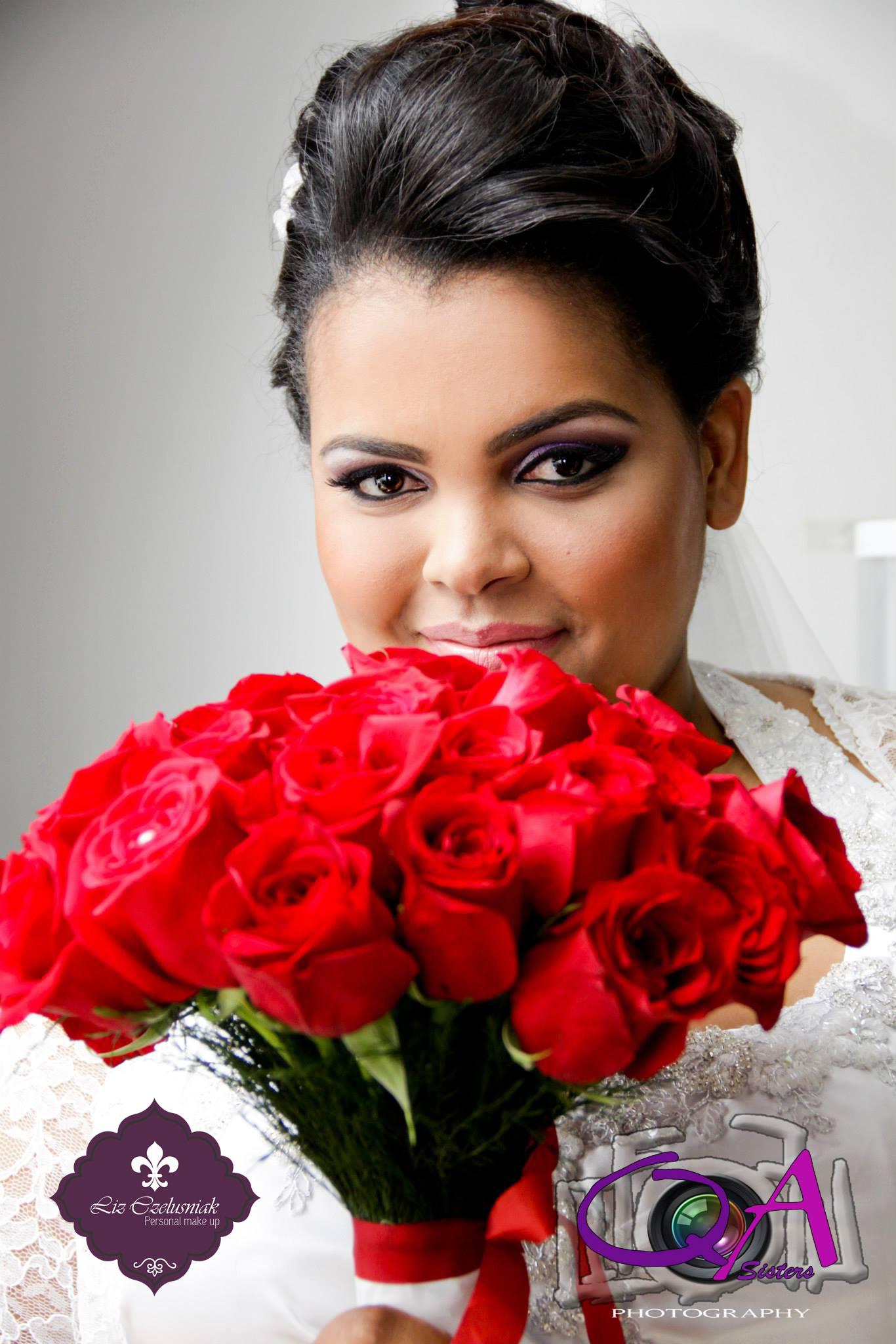 Noiva - Make by Liz Czelusniak Make#esfumado#roxo#vinho#prata#Noiva#Casamento#by#LizCzelusniak maquiador(a) cabeleireiro(a) designer de sobrancelhas