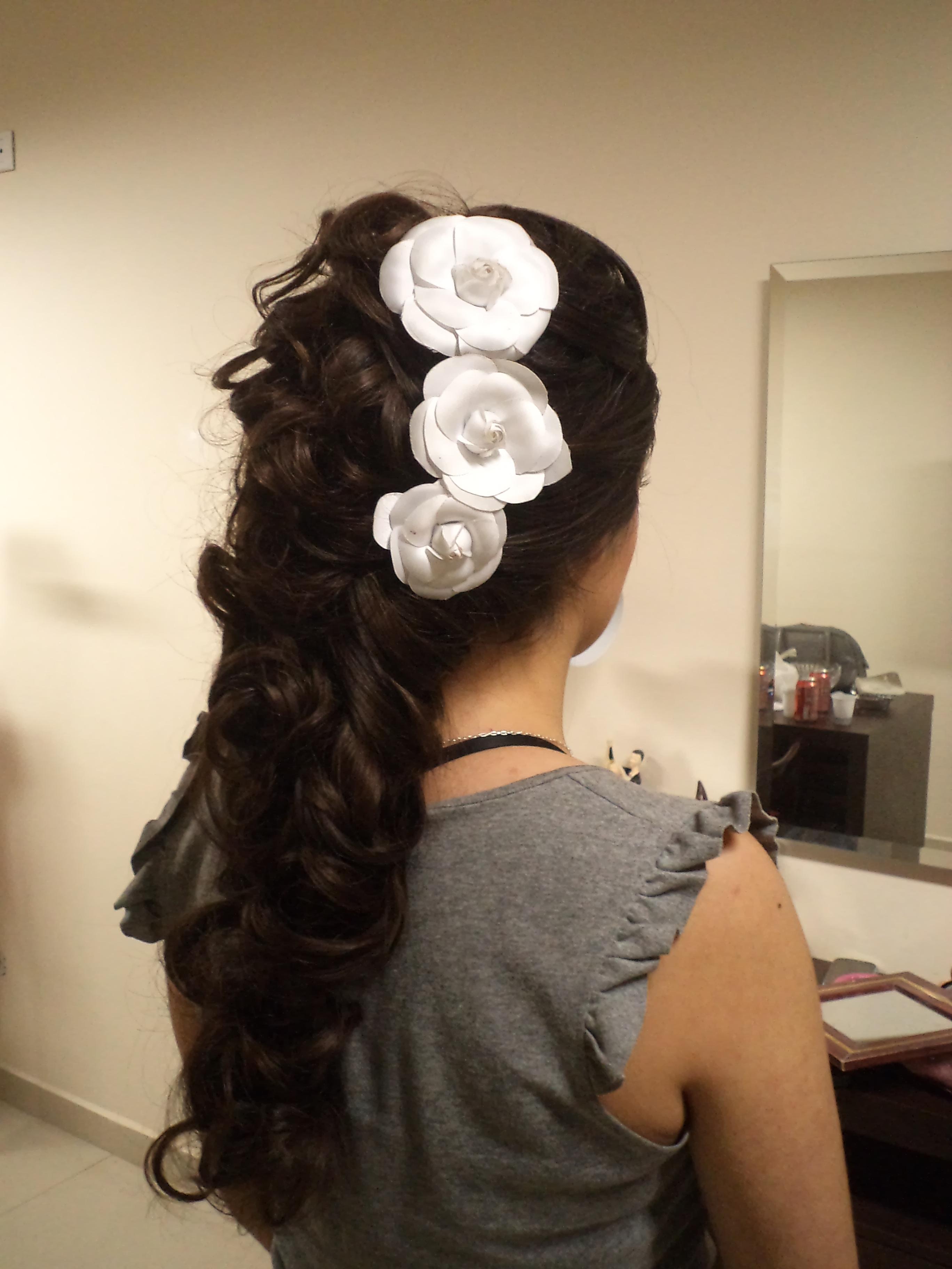 Prévia Penteado Noiva Prévia#Make#Penteado#Noiva#Casamento#by#LizCzelusniak penteado noiva, casamento, noivinha cabelo  maquiador(a) cabeleireiro(a) designer de sobrancelhas