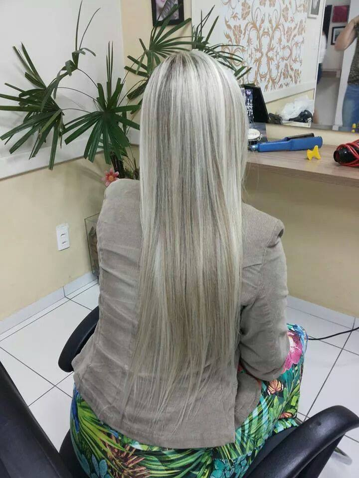 Loira Diva!!!! in Luxuss Dei Capelli - 4427 95 47 cabeleireiro(a)