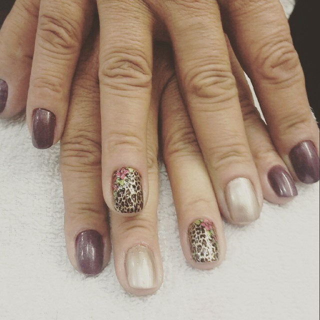 oncinha, cor de vó, simples, dia-a-dia unhas  manicure e pedicure