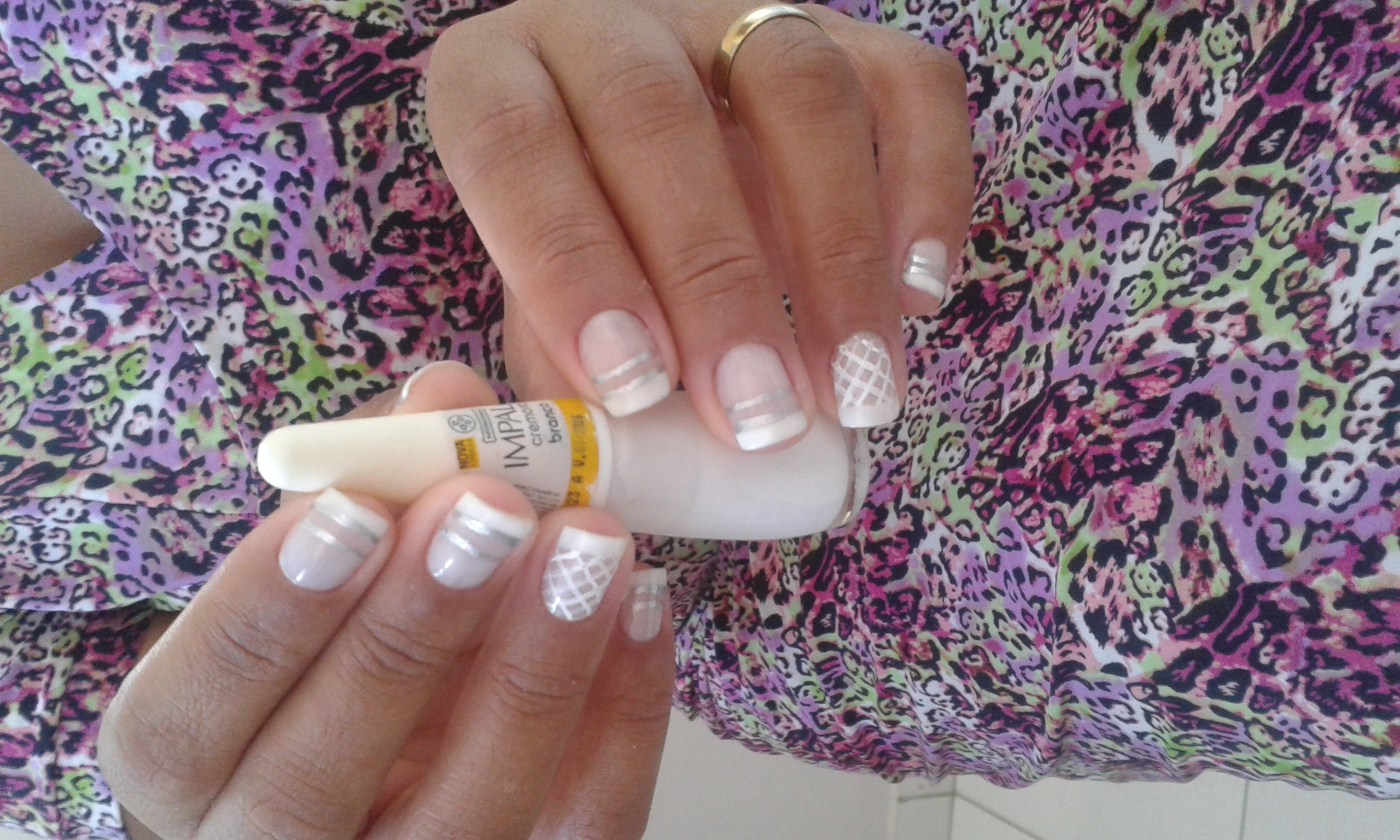 francesinha branca, básica, dia-a-dia unhas  manicure e pedicure manicure e pedicure