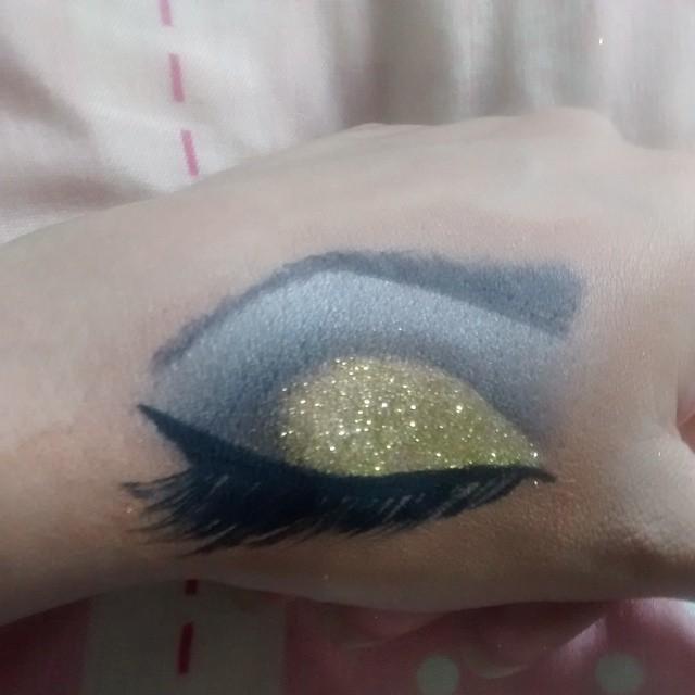 maquiagem consultor(a) em imagem designer de sobrancelhas maquiador(a) manicure e pedicure depilador(a)