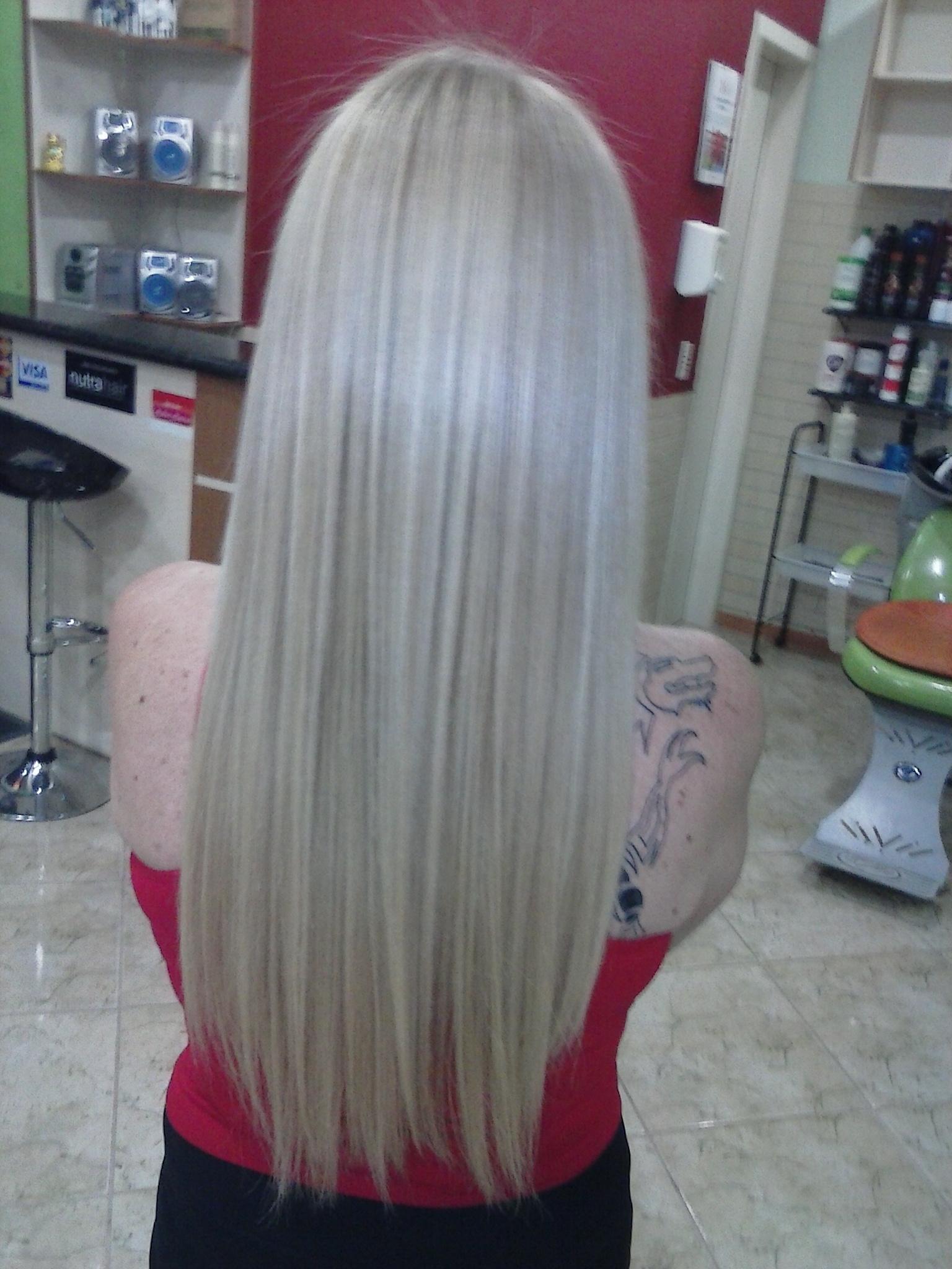 platinação cabelo claro platinado, dia-a-dia cabelo  cabeleireiro(a)