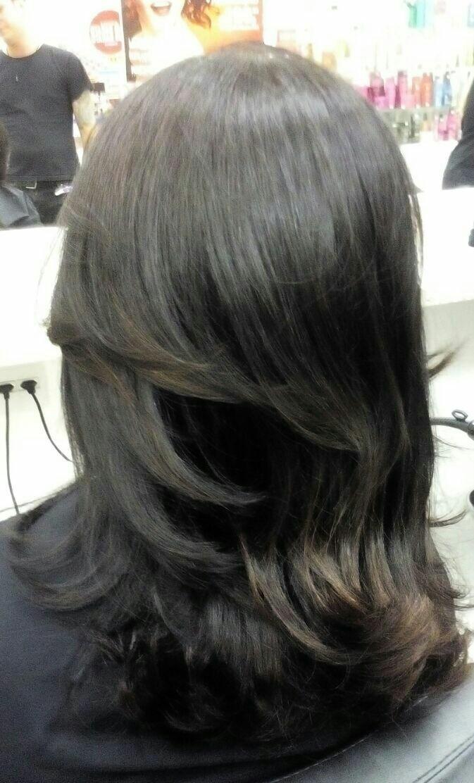 Corte para morenas  Desfiado com repicado  pontas da tesoura   cabeleireiro(a)