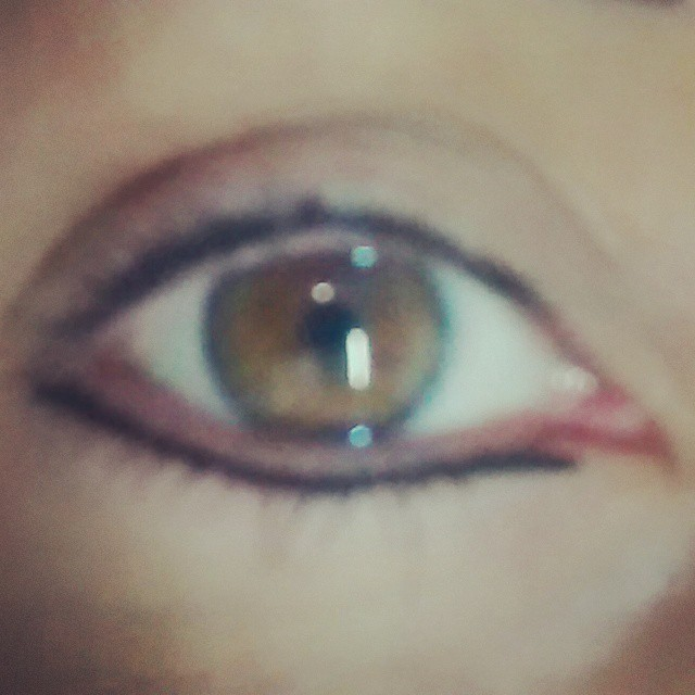 Micropigmentação - contorno inferior dos olhos dermopigmentador(a) esteticista designer de sobrancelhas micropigmentador(a) consultor(a) de estetica