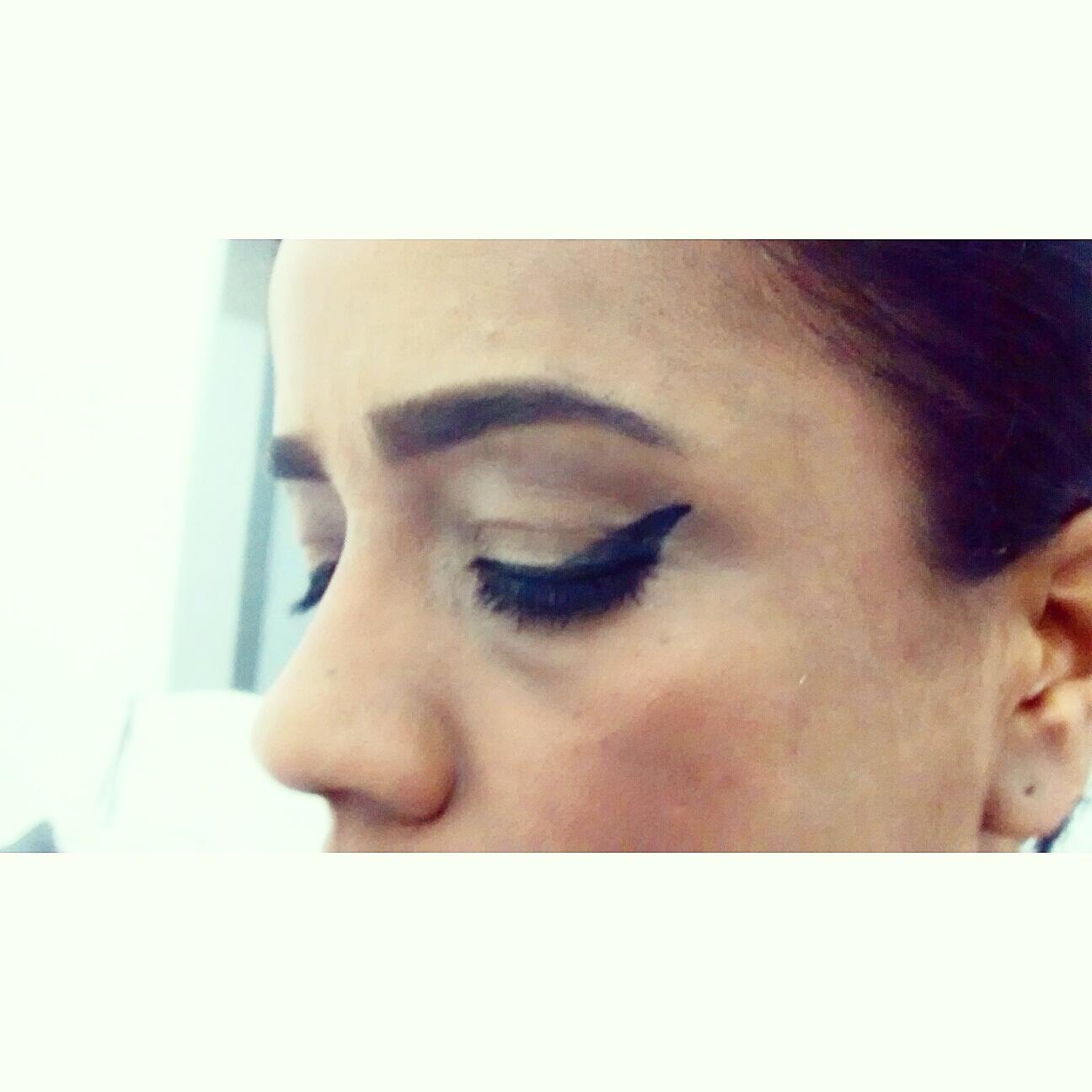 designer de sobrancelhas auxiliar administrativo telemarketing depilador(a)
