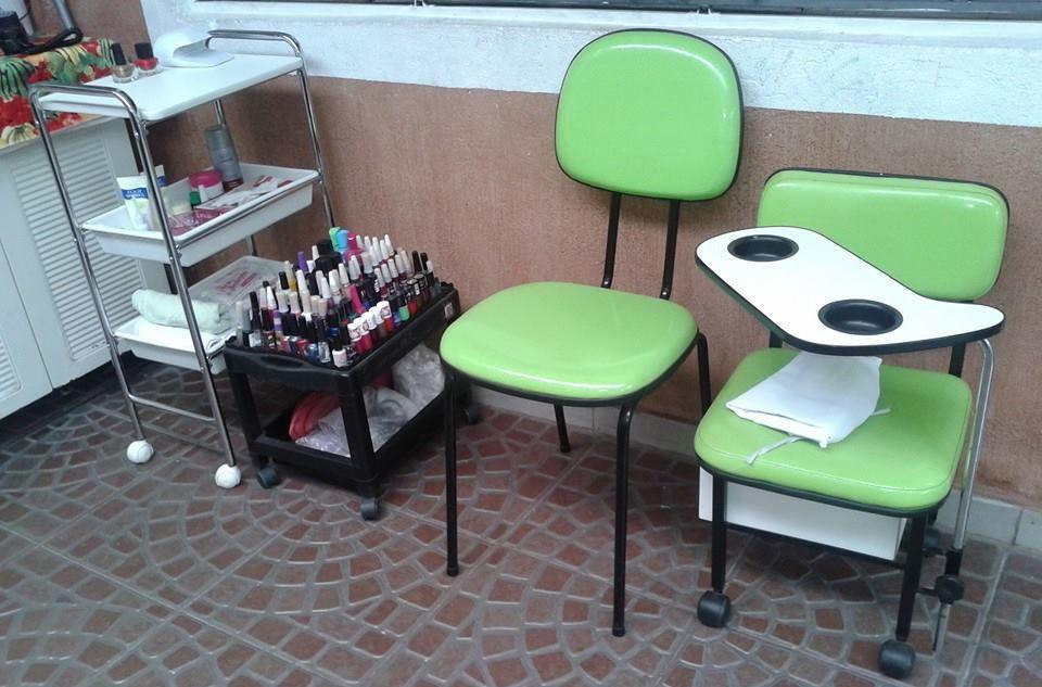 esse e o meu espaço  que atendo as minhas cliente na minha casa manicure e pedicure podólogo(a) designer de sobrancelhas depilador(a)