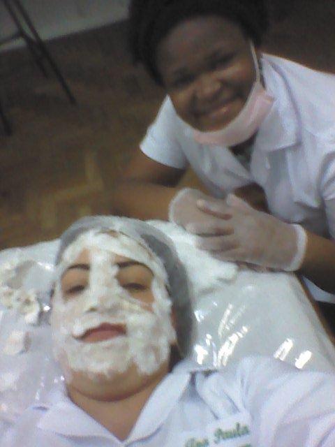 aula pratica de limpeza facial esteticista consultor(a)