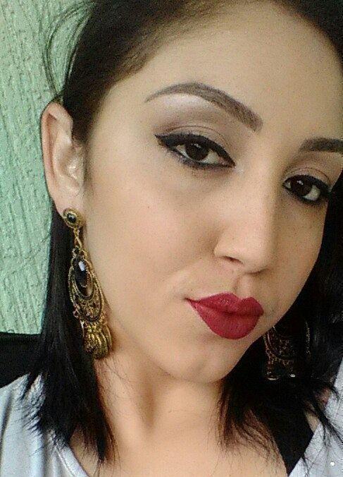 Stefani dermopigmentadora  designer de sobrancelhas depilador(a) manicure e pedicure dermopigmentador(a) estudante (cabeleireiro) cabeleireiro(a)