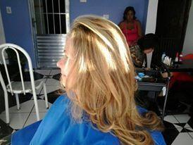escova modelada cabeleireiro(a) auxiliar cabeleireiro(a)