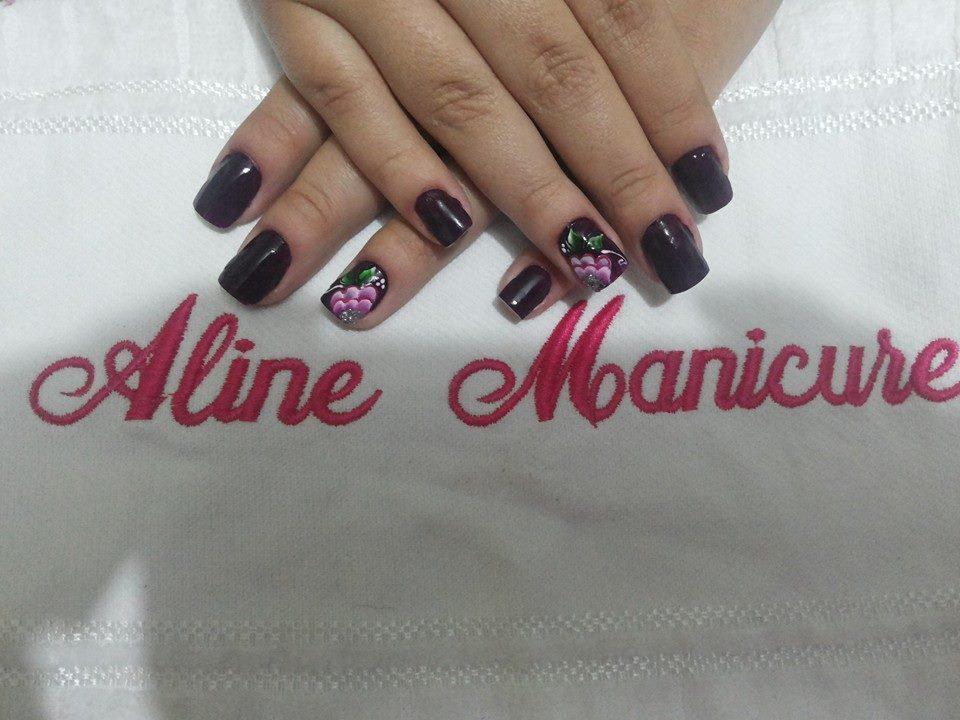 flor, preto básico, dia-a-dia unhas  manicure e pedicure