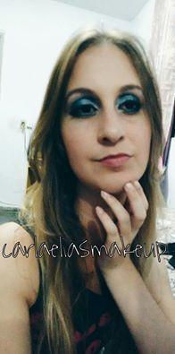 Maquiagem cinderela pra  noite Sombra branca canto interno , sombra azul clara paleta jasmyne 3D , sombra azul marinho paleta jasmyne 3D , batom cor  nude  maquiador(a)