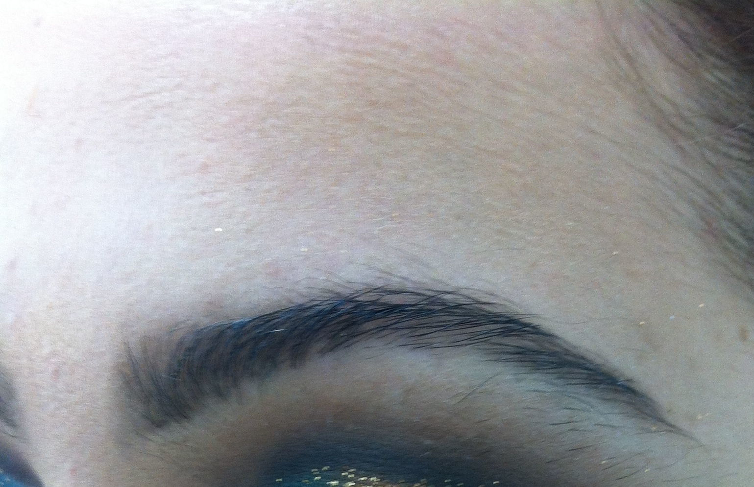 Maquiagem (olhos) cabeleireiro(a) maquiador(a)