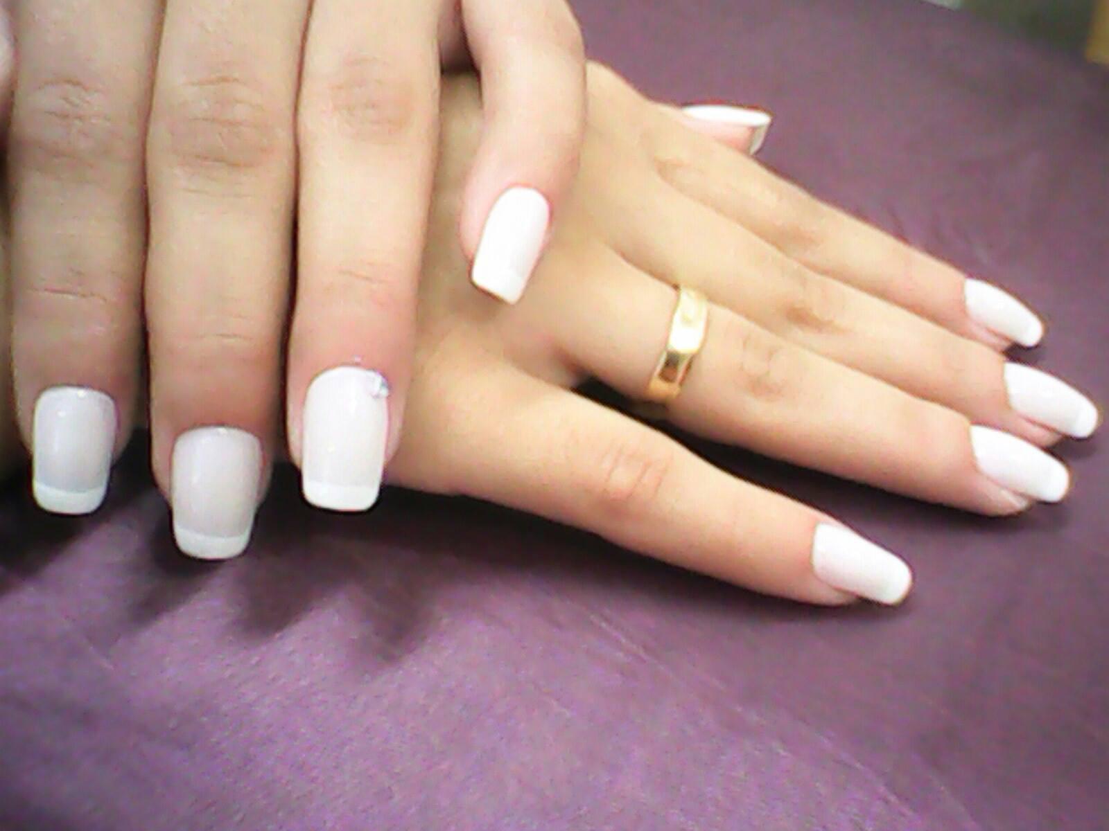 branco, francesinha unhas  manicure e pedicure depilador(a) massoterapeuta