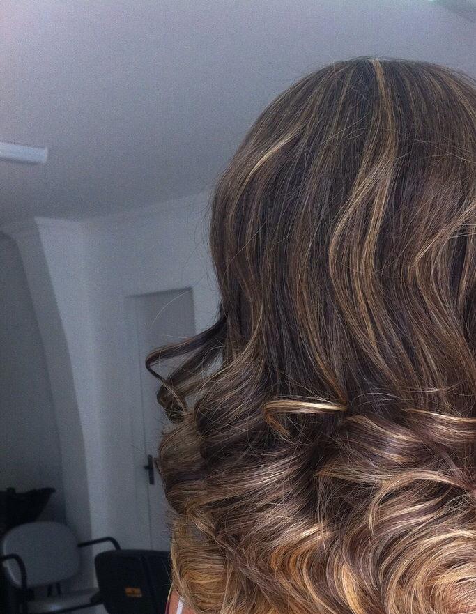 castanho iluminado ombre gair, cachos, escova, castanho iluminado cabelo  cabeleireiro(a)