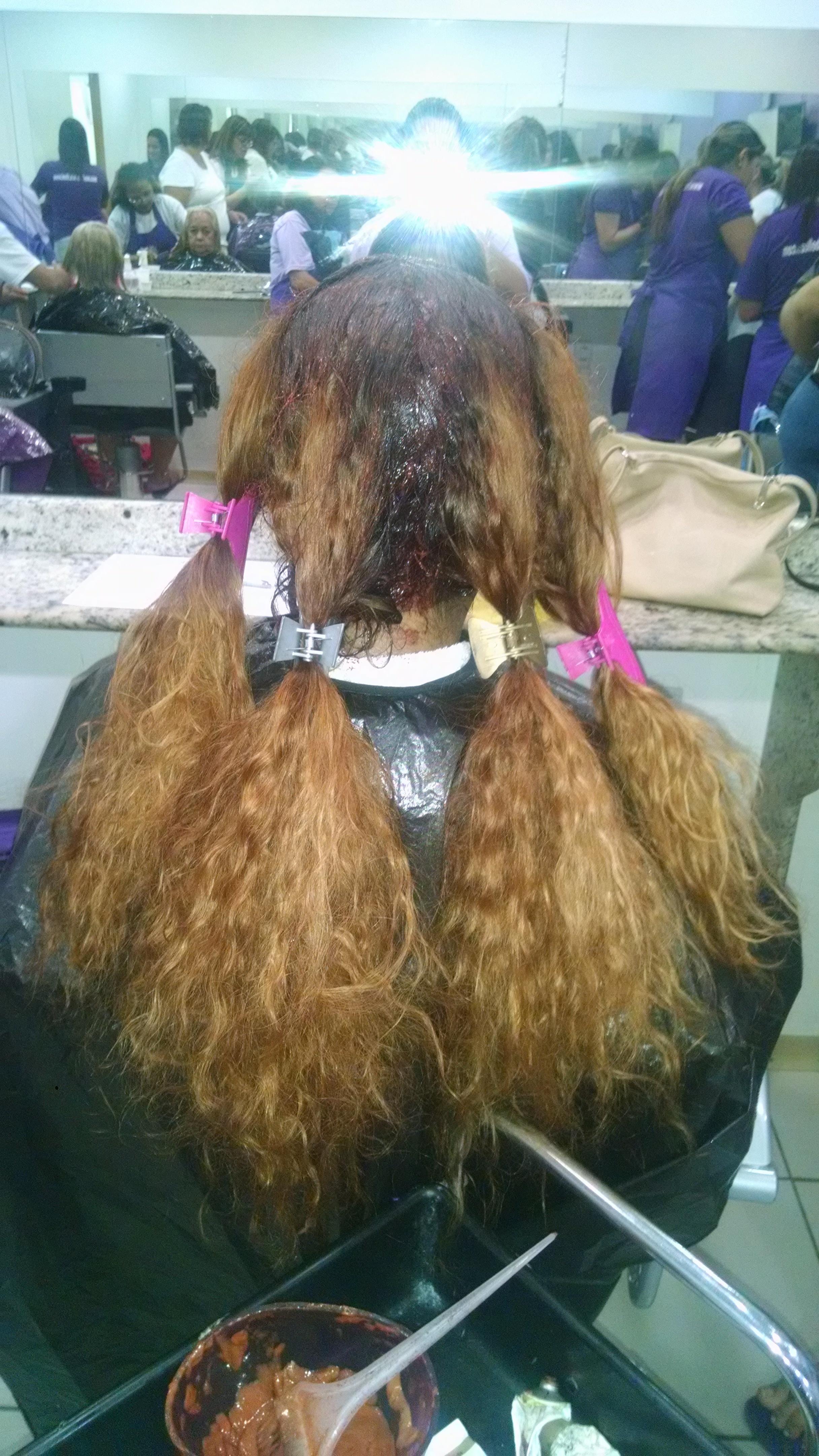 Coloração + corte antes auxiliar cabeleireiro(a)