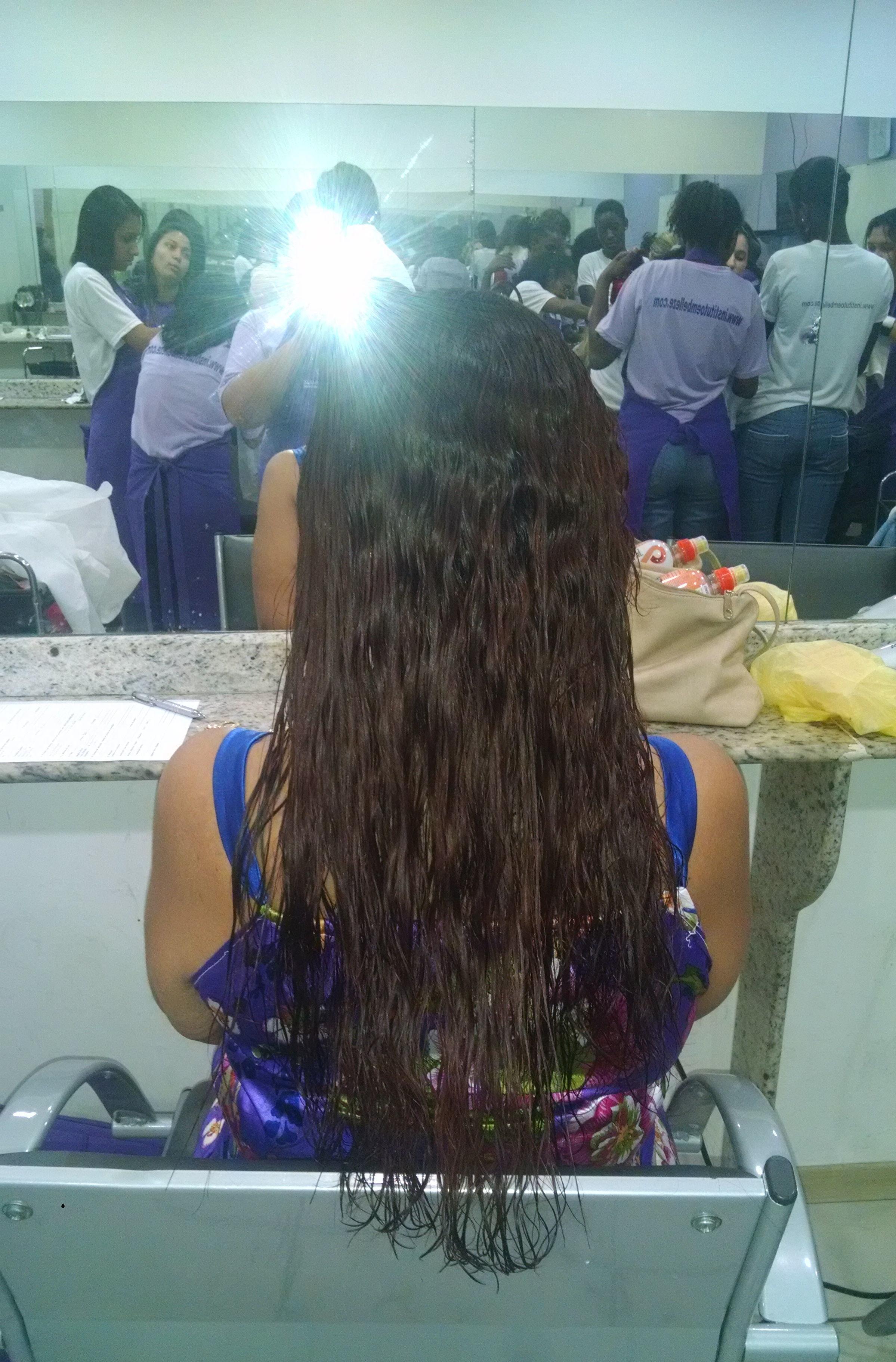 Corte + coloração depois auxiliar cabeleireiro(a)