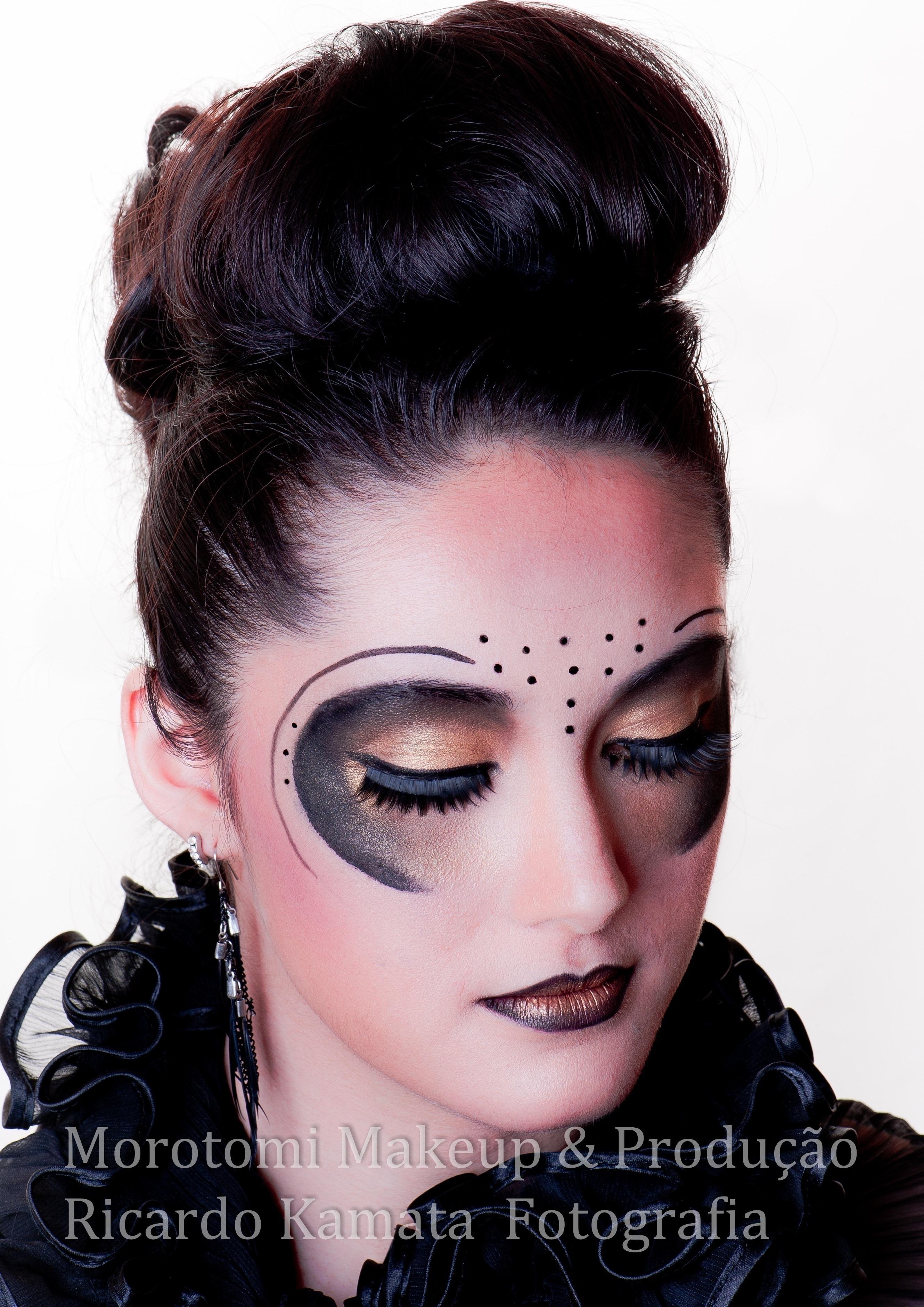 Artistica #maquiagem #maquiagem artistica  maquiador(a) designer de sobrancelhas