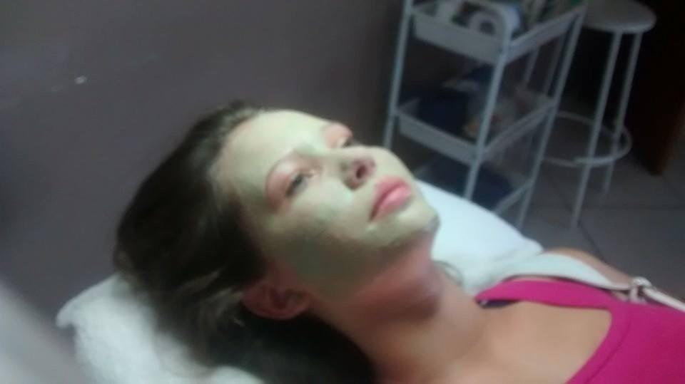 Limpeza de pele esteticista