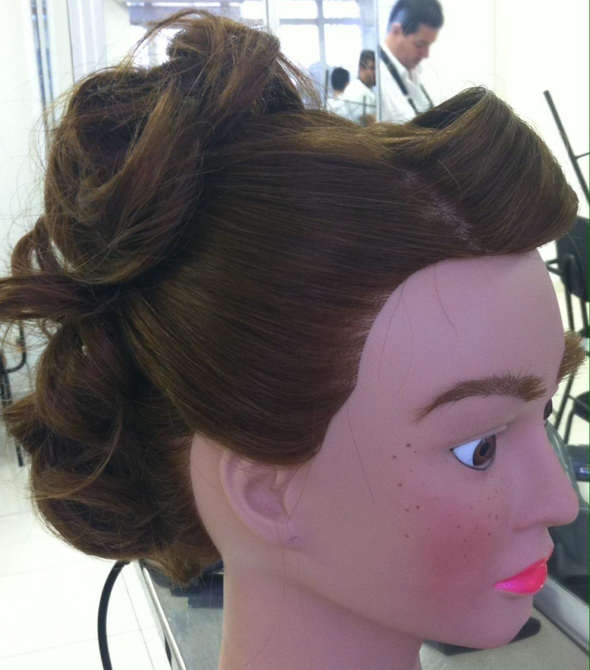 PENTEADO cabeleireiro(a) maquiador(a)