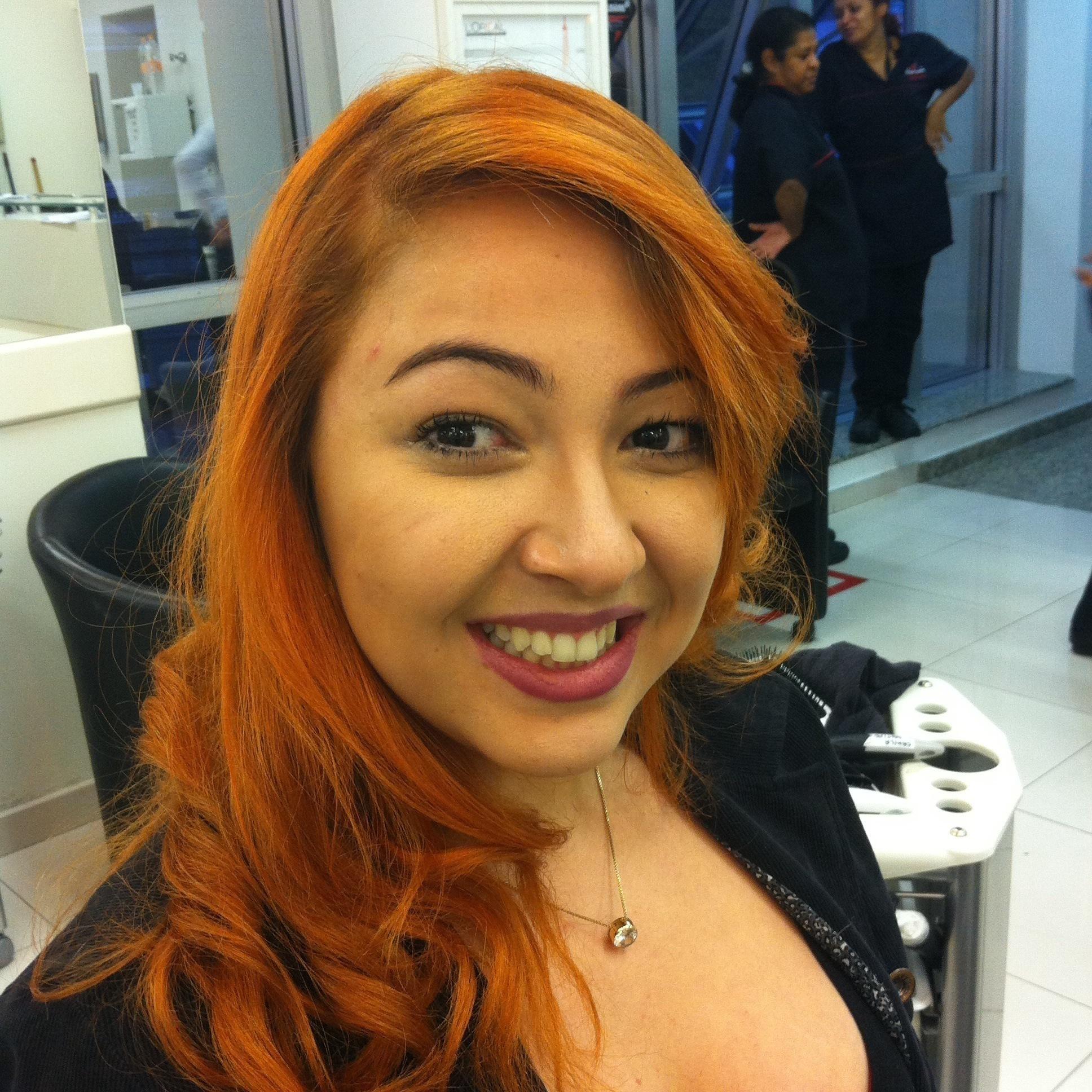 COLORACAO cabeleireiro(a) maquiador(a)