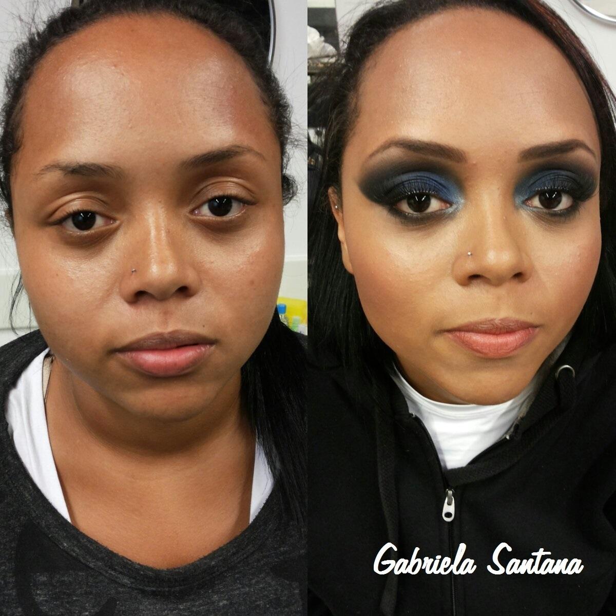 Maquiagem - Smokey Eyes Blue Nessa maquiagem o foco está nos olhos esfumados com preto e sombra azul cintilante na pálpebra móvel. maquiador(a)