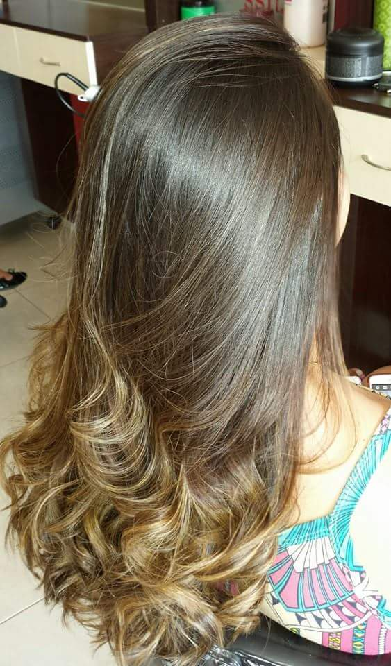Mechas...Natuaral cabeleireiro(a)