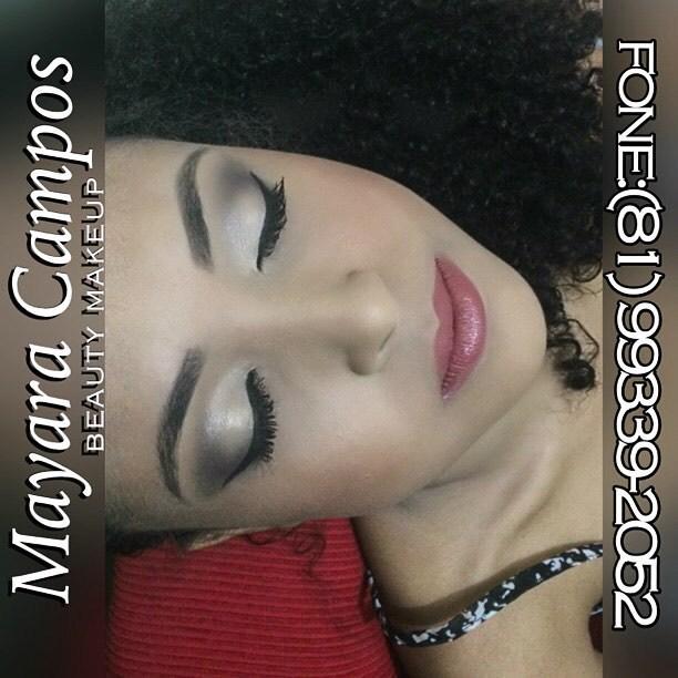 designer de sobrancelhas maquiador(a) esteticista estudante