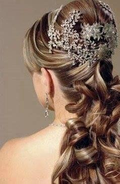 maquiagem e penteado e corte e cor, e luzes....,  cabeleireiro(a) stylist maquiador(a) massagista visagista