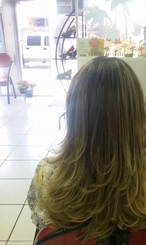 maquiagem e penteado e corte e cor, e luzes...., Vani Gomes. Sua beleza, evidenciada por meu trabalho.  cabeleireiro(a) stylist maquiador(a) massagista visagista