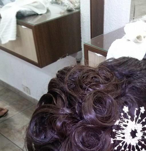 maquiagem e penteado e corte e cor, e luzes...., Vani Gomes. Pronto pra casa..., Linda. cabeleireiro(a) stylist maquiador(a) massagista visagista