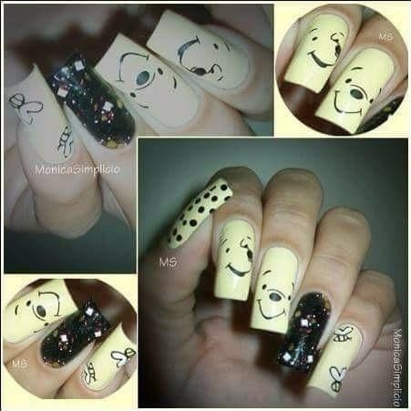 Unhas decoradas com carimbo Vejam mais fotos do meu trabalho na página do 👉🏼facebook.com/unhasbymonisimplicio manicure e pedicure