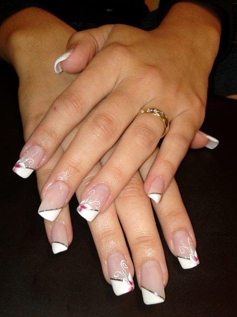Unha de Gel de uma Noiva, com Esmaltação em Gel e Unhas Artisticas nail art, unha decorada, noiva unhas  manicure e pedicure coordenador(a) treinamentos