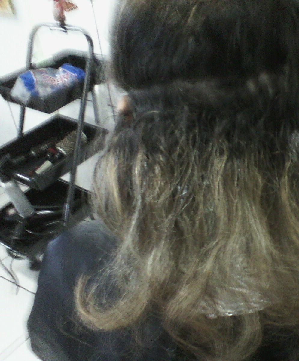 maquiagem e penteado e corte e cor, e luzes...., Vani Gomes. Antes 1 cabeleireiro(a) stylist maquiador(a) massagista visagista