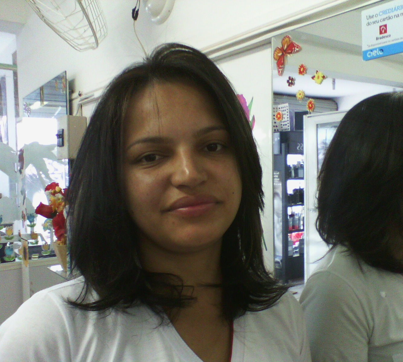 maquiagem e penteado e corte e cor, e luzes...., Vani Gomes. Depois 2 cabeleireiro(a) stylist maquiador(a) massagista visagista