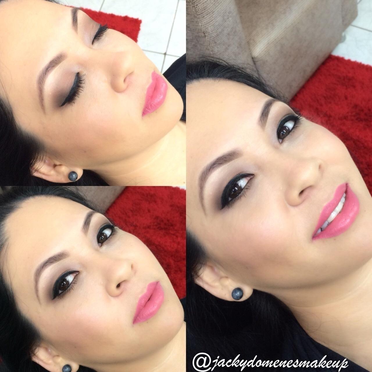 Maquiagem Formanda maquiador(a) designer de sobrancelhas micropigmentador(a)