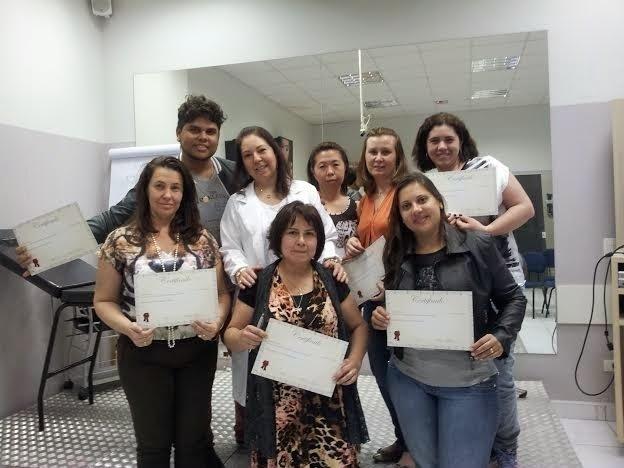 Curso Reflexologia - Dra Alessandra Morgado biomédico(a) esteticista docente / professor(a)