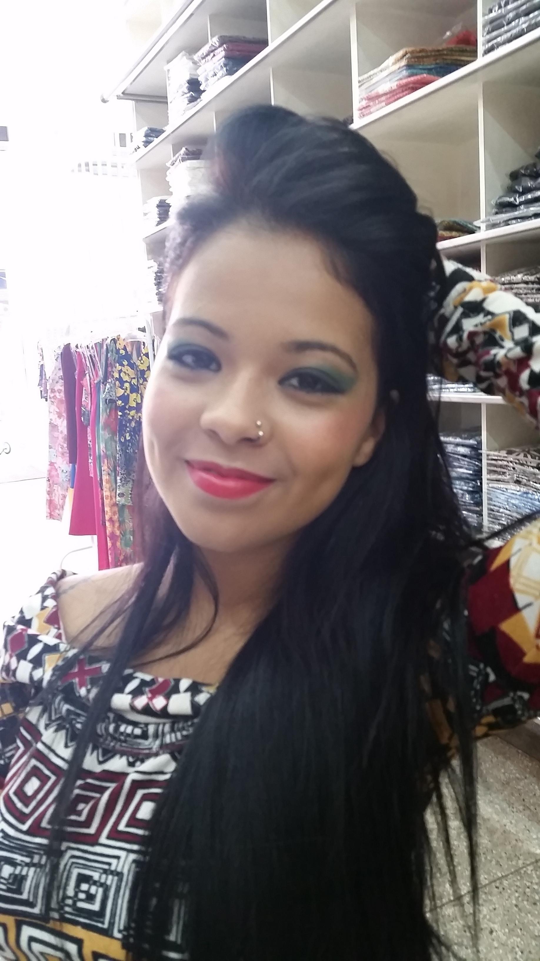 Marca Lips Modas maquiador(a)