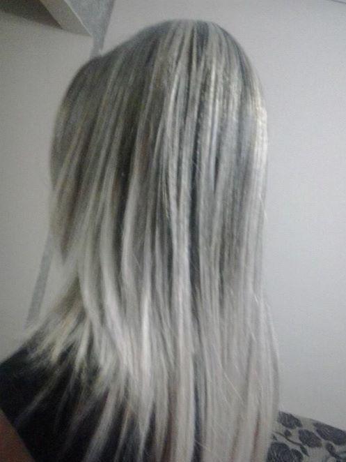 mechas  Mechas platinada, reconstrução... cabeleireiro(a) designer de sobrancelhas