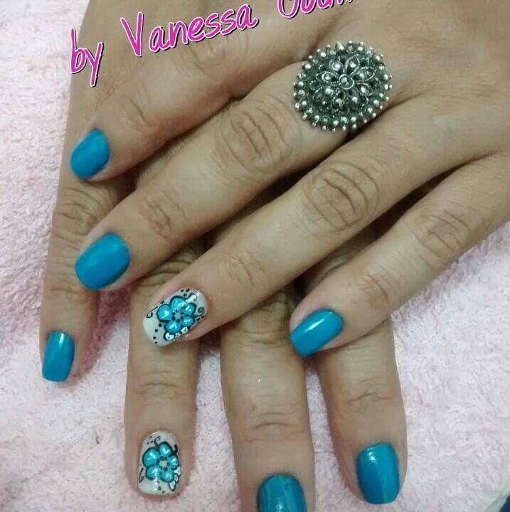 Unhas Artisticas manicure e pedicure designer de sobrancelhas maquiador(a) consultor(a)