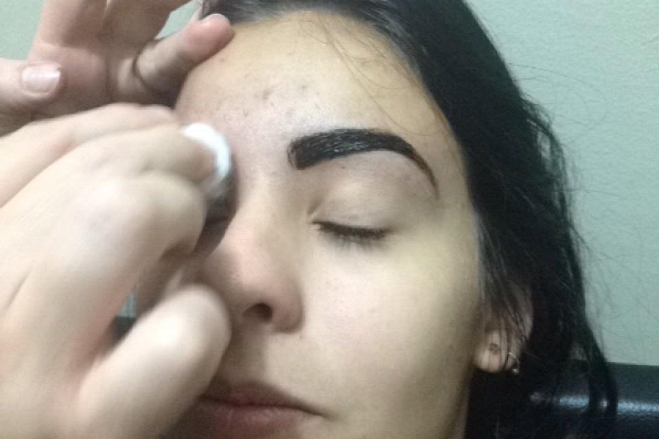 depilador(a) designer de sobrancelhas