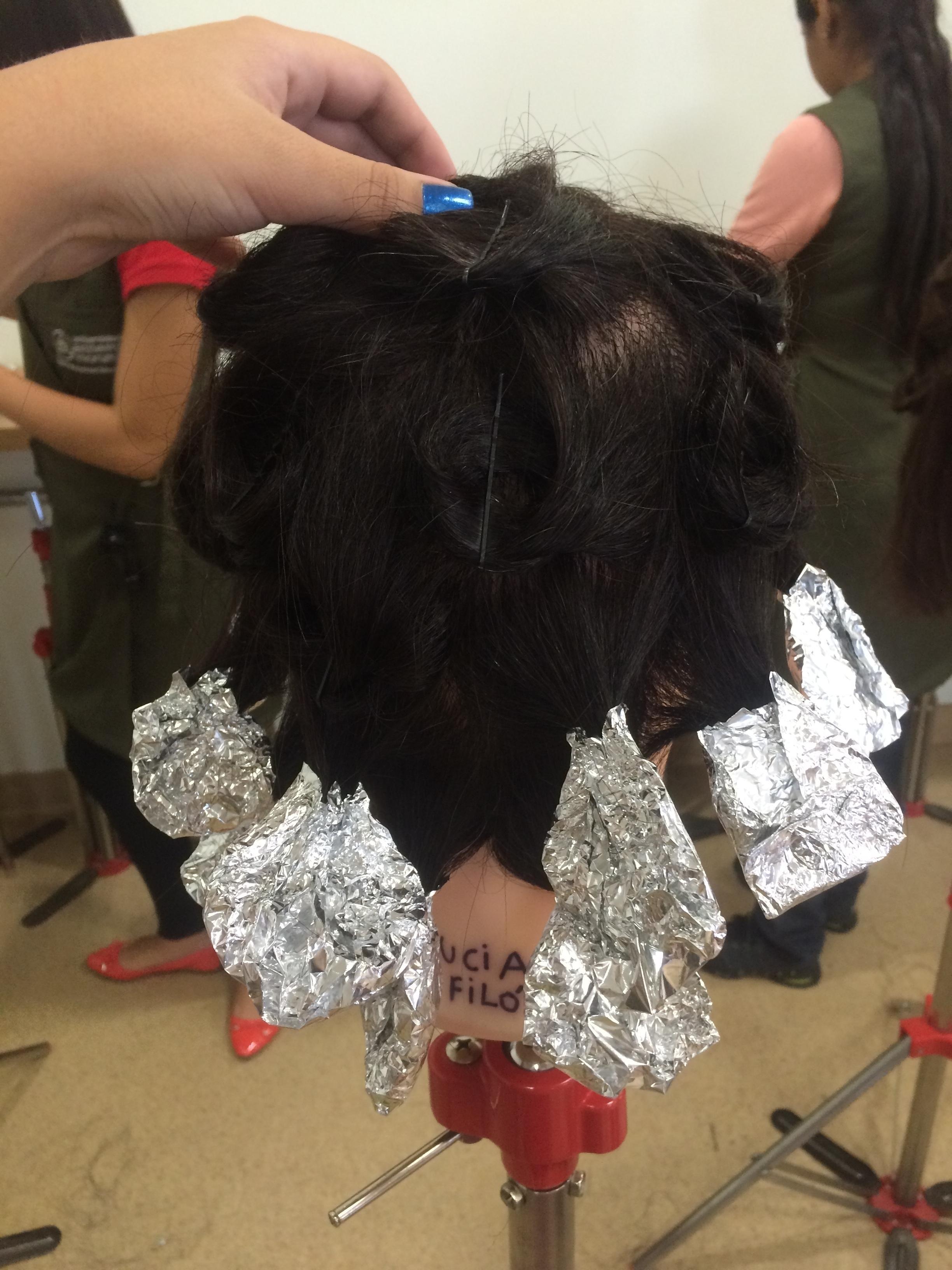 papelote + caracol  auxiliar cabeleireiro(a)