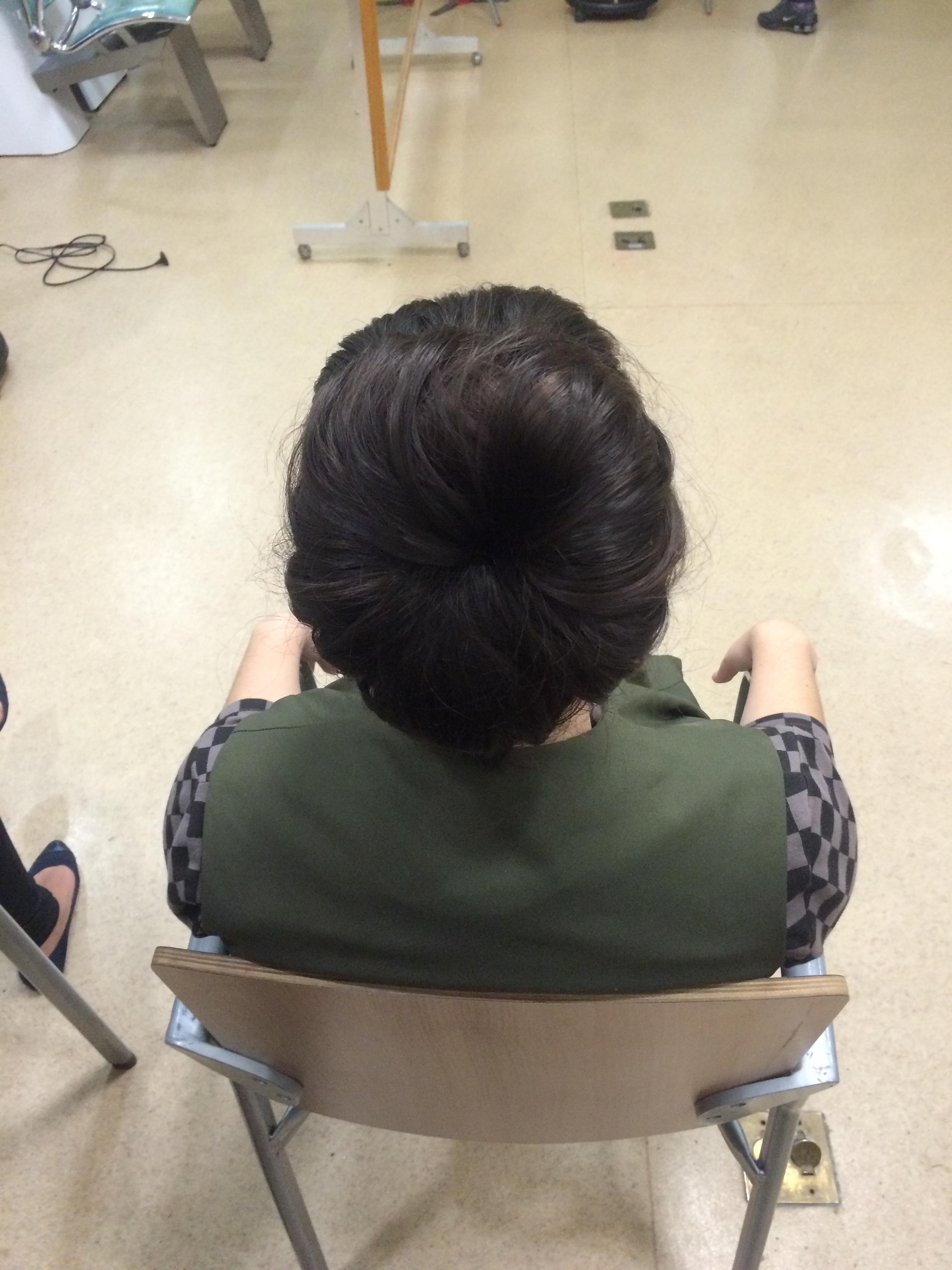 coque rosquinha auxiliar cabeleireiro(a)