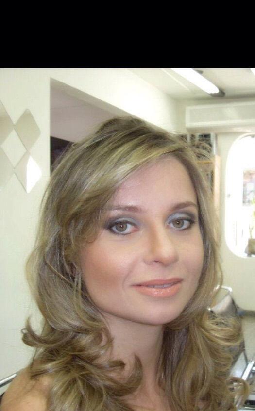 Social A maquiagem foi para  casamento, desenvolvida de acordo com o que a cliente solicitou! maquiador(a)