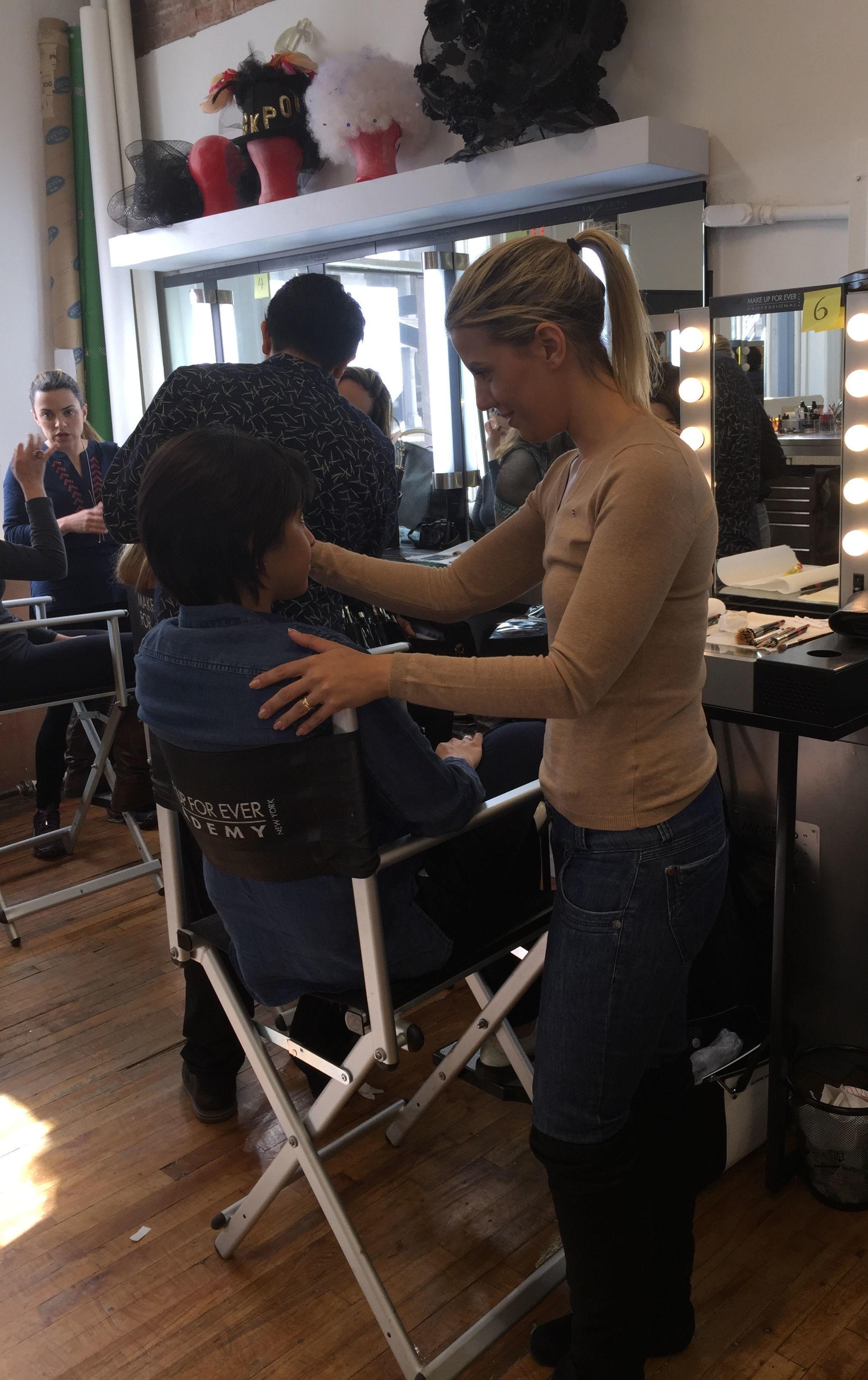 Maquiagem por Paula Benaion maquiador(a) empresário(a) / dono de negócio