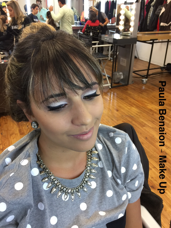 Make - Paula Benaion maquiagem  maquiador(a) empresário(a) / dono de negócio