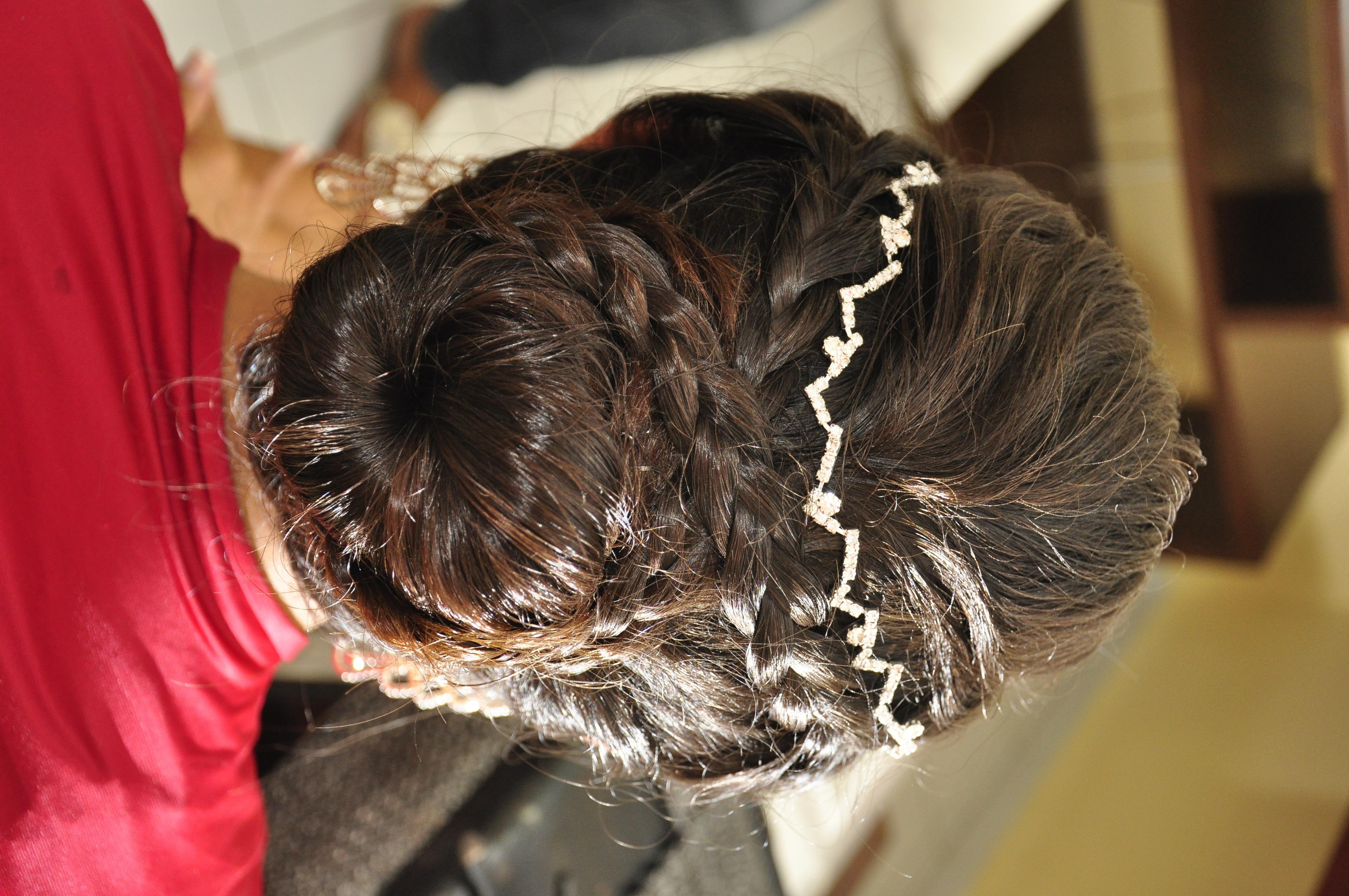 penteado, coque, trança, noiva cabelo  cabeleireiro(a) maquiador(a) estudante