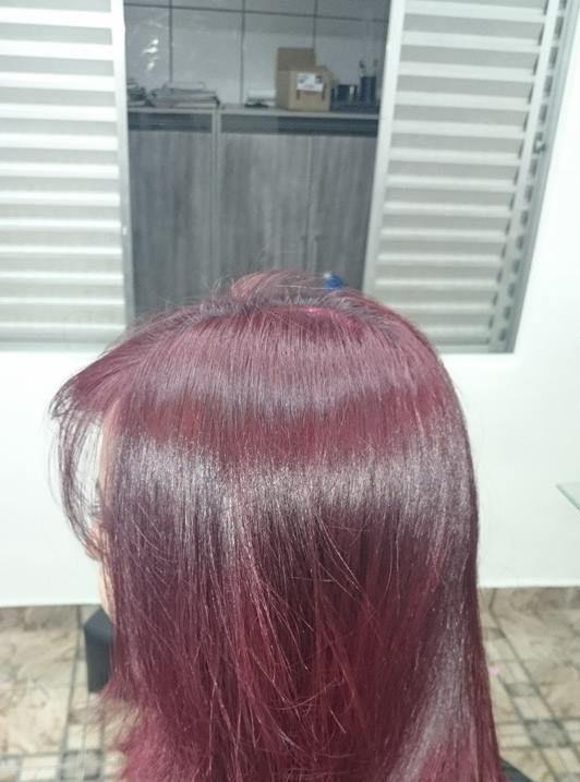 Coloração  Coloração 6.66i alfaparf evolution com ox de 30vol e hidratação com mairibel red auxiliar cabeleireiro(a)
